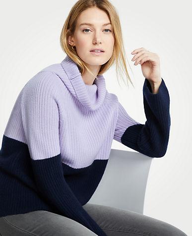 앤테일러 Ann Taylor Cashmere Colorblock Ribbed Turtleneck Sweater