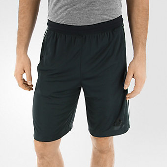 D2M 3 Stripe Short, Dark Grey/Medium Solid Grey