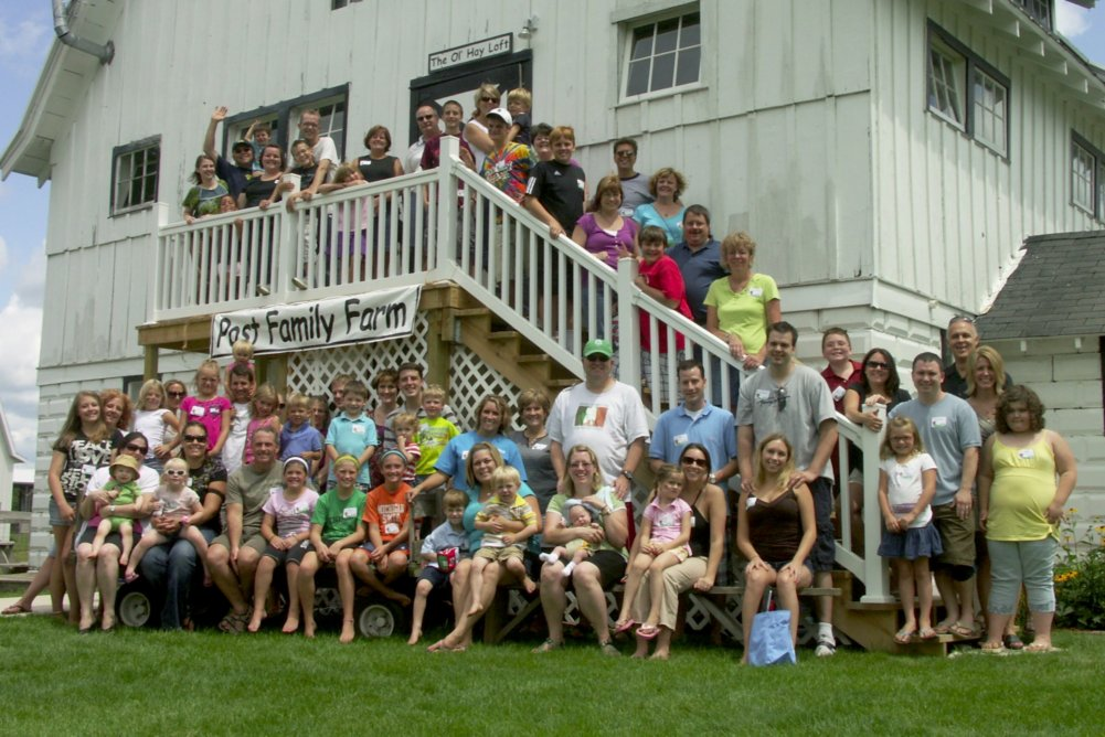Baudville Celebrates Summer with a Company Picnic.