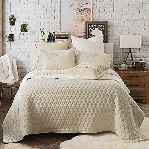 Buy UGG Tahoe Reversible Twin Quilt In Cream From Bed