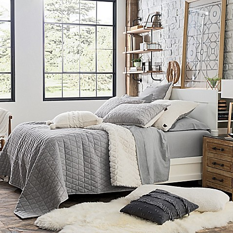 Buy Ugg 174 Tahoe Reversible Twin Quilt In Grey From Bed Bath