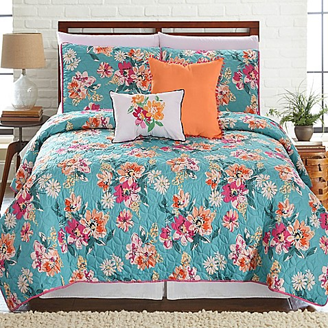 Laguna Printed Reversible Quilt Set at Bed Bath & Beyond in Cypress, TX | Tuggl