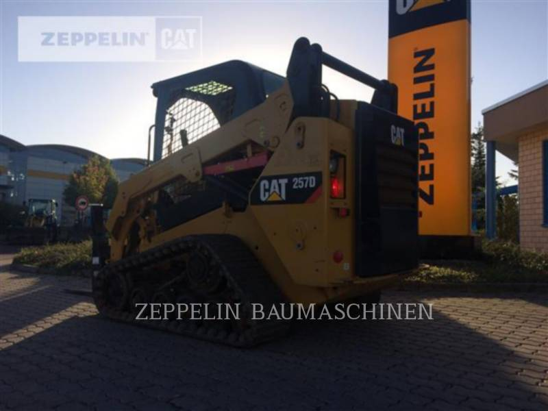 CATERPILLAR MULTITERREINLADERS 257D equipment  photo 2