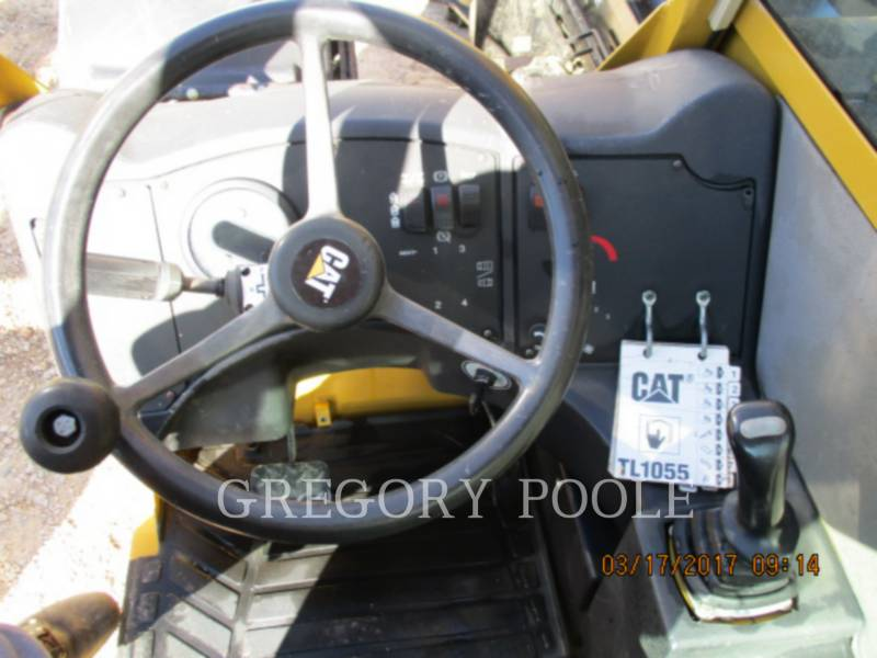 CATERPILLAR TELEHANDLER TL1055 equipment  photo 20
