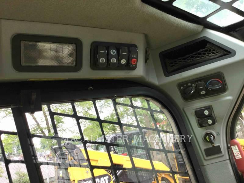 CATERPILLAR SKID STEER LOADERS 242 D equipment  photo 18