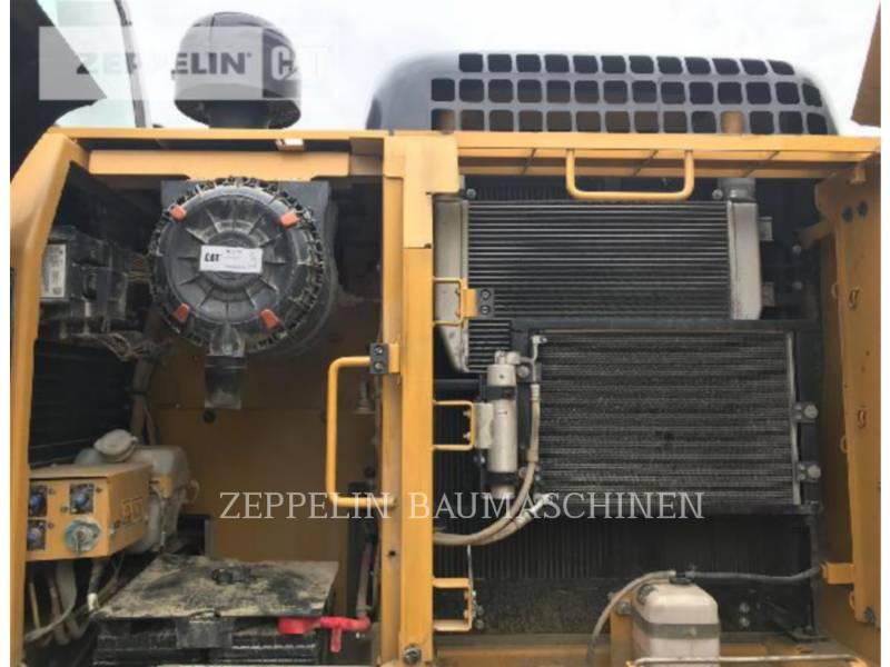CATERPILLAR KETTEN-HYDRAULIKBAGGER 320D2L equipment  photo 19