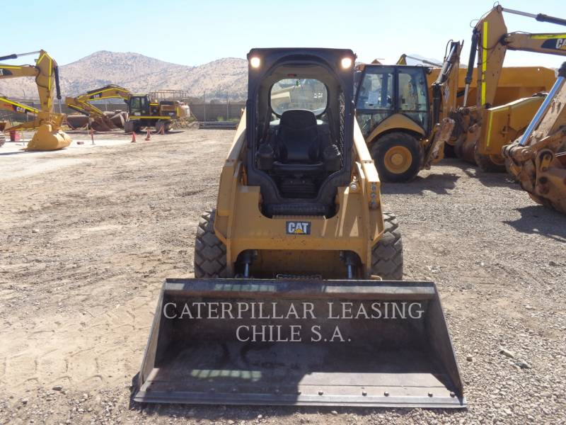 CATERPILLAR CHARGEURS COMPACTS RIGIDES 246 D equipment  photo 8