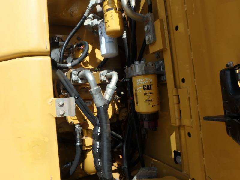 CATERPILLAR トラック油圧ショベル 321DLCR equipment  photo 16