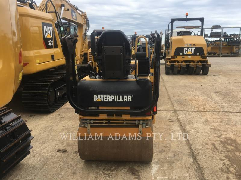 CATERPILLAR VIBRATORY DOUBLE DRUM ASPHALT CB22 equipment  photo 3