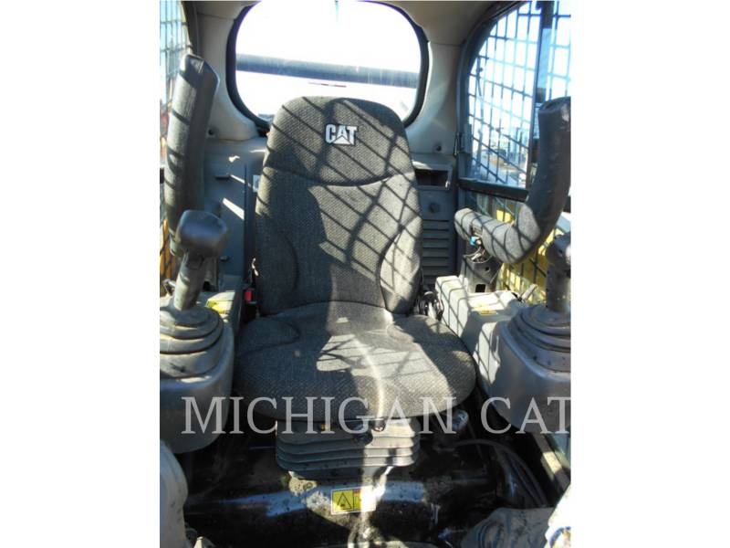 CATERPILLAR MULTI TERRAIN LOADERS 259D AQ equipment  photo 9