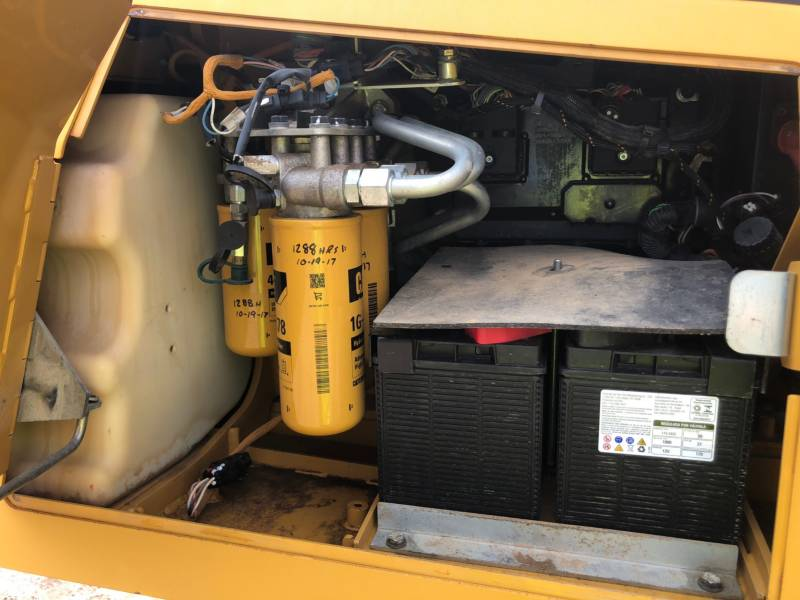 CATERPILLAR PIPELAYERS PL 61 equipment  photo 16