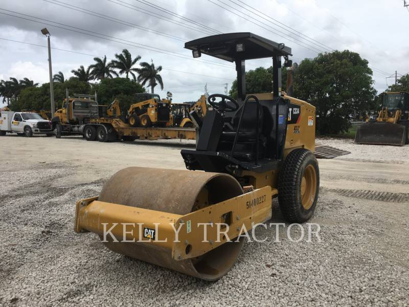 CATERPILLAR COMPACTEUR VIBRANT, MONOCYLINDRE LISSE CS34 equipment  photo 1