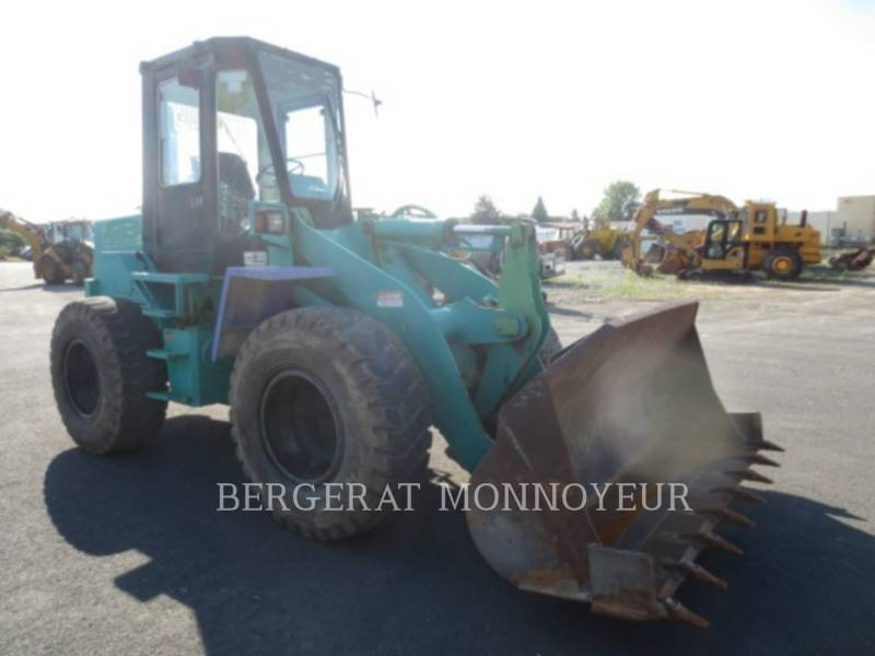 KOMATSU WHEEL LOADERS/INTEGRATED TOOLCARRIERS WA120 equipment  photo 2