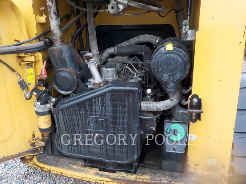 CATERPILLAR CARGADORES MULTITERRENO 279C equipment  photo 15