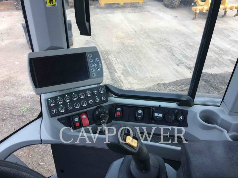 CATERPILLAR WHEEL LOADERS/INTEGRATED TOOLCARRIERS 924 K equipment  photo 13