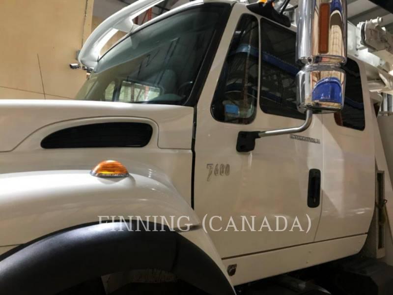 INTERNATIONAL TRUCKS ON HIGHWAY TRUCKS 7600 SBA 6X4 equipment  photo 2