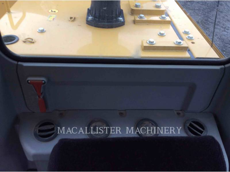 CATERPILLAR EXCAVADORAS DE CADENAS 323F equipment  photo 17
