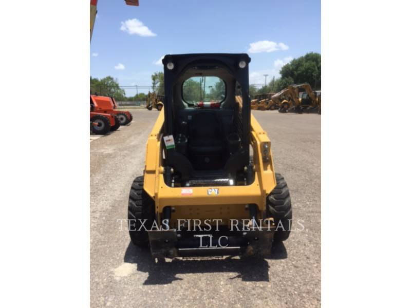 CATERPILLAR CHARGEURS COMPACTS RIGIDES 226 D equipment  photo 1