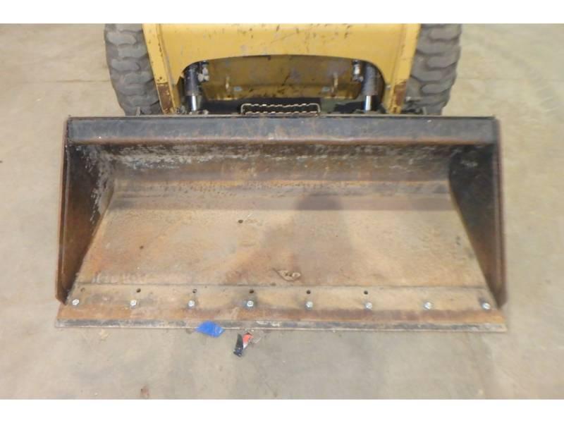 Caterpillar MINIÎNCĂRCĂTOARE RIGIDE MULTIFUNCŢIONALE 226B3 equipment  photo 5