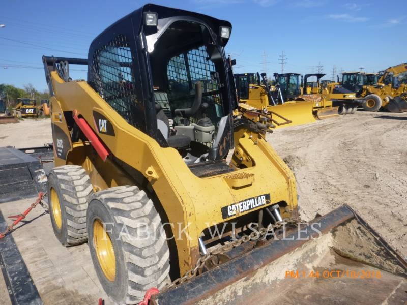 CATERPILLAR SKID STEER LOADERS 262C equipment  photo 1