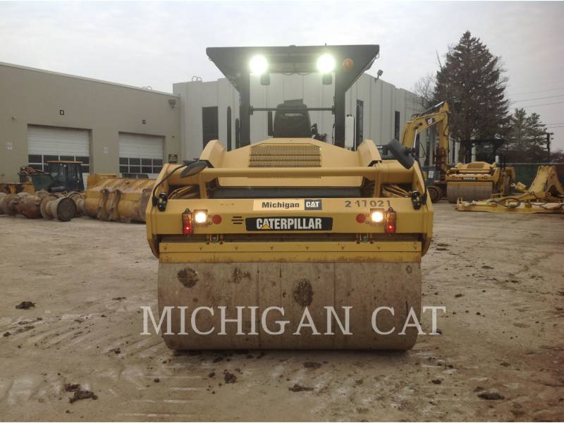 CATERPILLAR COMPACTEURS TANDEMS VIBRANTS CB64 equipment  photo 6