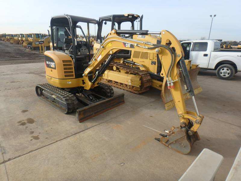 CATERPILLAR トラック油圧ショベル 302.7DCR equipment  photo 2