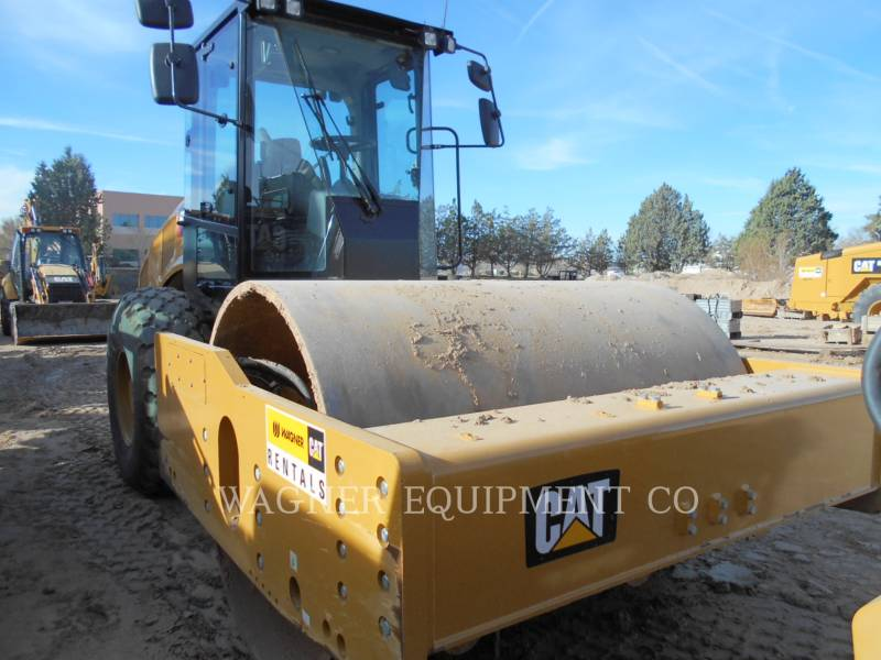 CATERPILLAR EINZELVIBRATIONSWALZE, GLATTBANDAGE CS74B equipment  photo 1