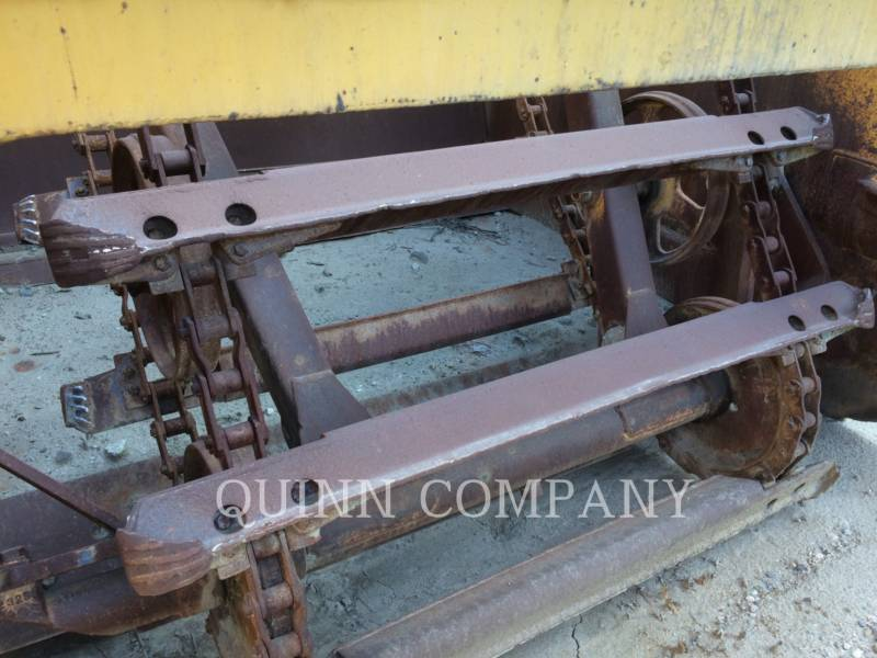 CATERPILLAR MOTOESCREPAS 613B equipment  photo 5