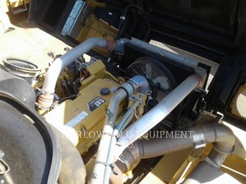 CATERPILLAR TOMBEREAUX ARTICULÉS 730 C 2 equipment  photo 3