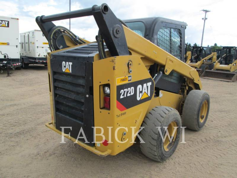 CATERPILLAR KOMPAKTLADER 272 D equipment  photo 4