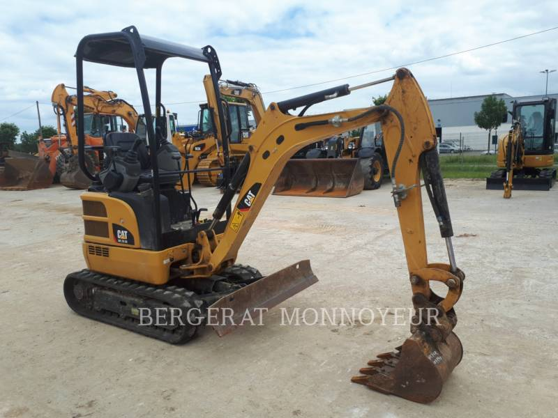 CATERPILLAR EXCAVADORAS DE CADENAS 301.7DCR equipment  photo 4