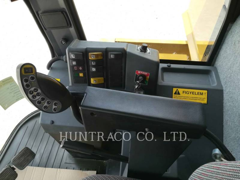 CHALLENGER コンバイン 654 equipment  photo 14