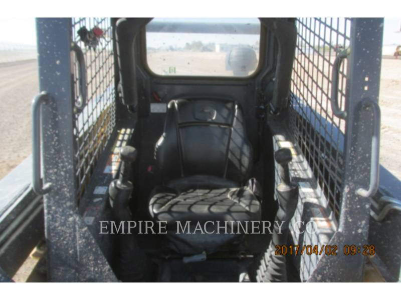 JOHN DEERE SKID STEER LOADERS 318D equipment  photo 9