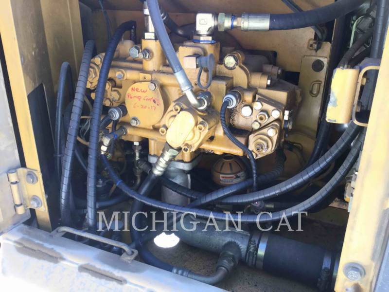CATERPILLAR TRACK EXCAVATORS 312CL H equipment  photo 18