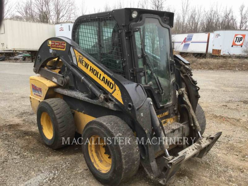 NEW HOLLAND LTD. CHARGEURS COMPACTS RIGIDES L225 equipment  photo 1