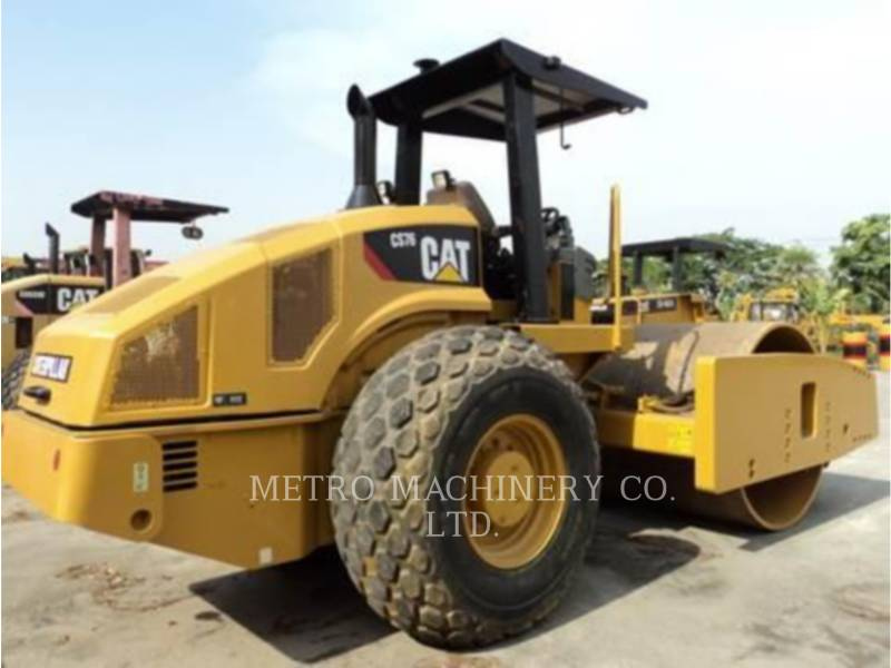 CATERPILLAR COMPACTADORES DE SUELOS CS76 equipment  photo 5