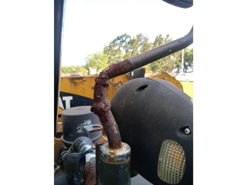 CATERPILLAR TELEHANDLER TH406 equipment  photo 13