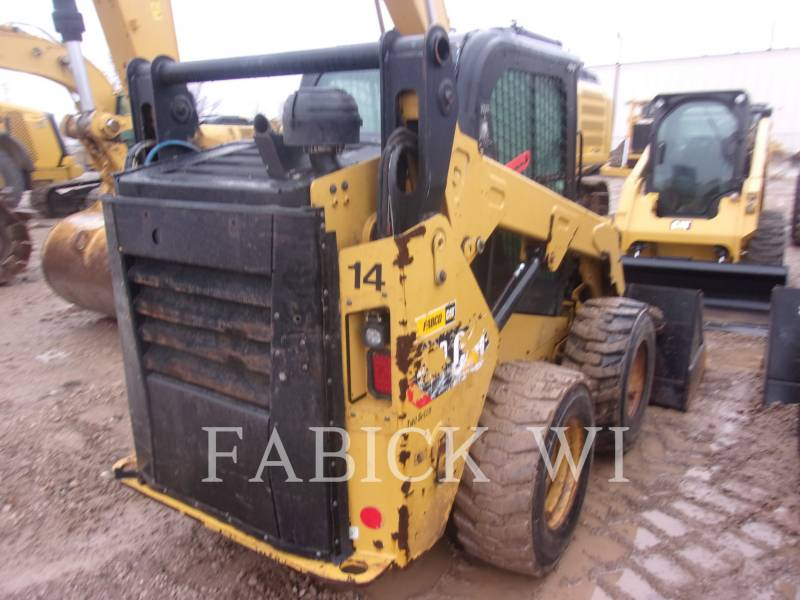CATERPILLAR CHARGEURS COMPACTS RIGIDES 242 D equipment  photo 3