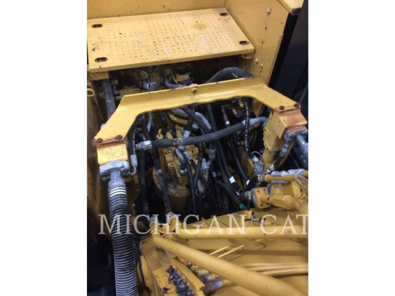 CATERPILLAR KETTEN-HYDRAULIKBAGGER 320EL equipment  photo 12