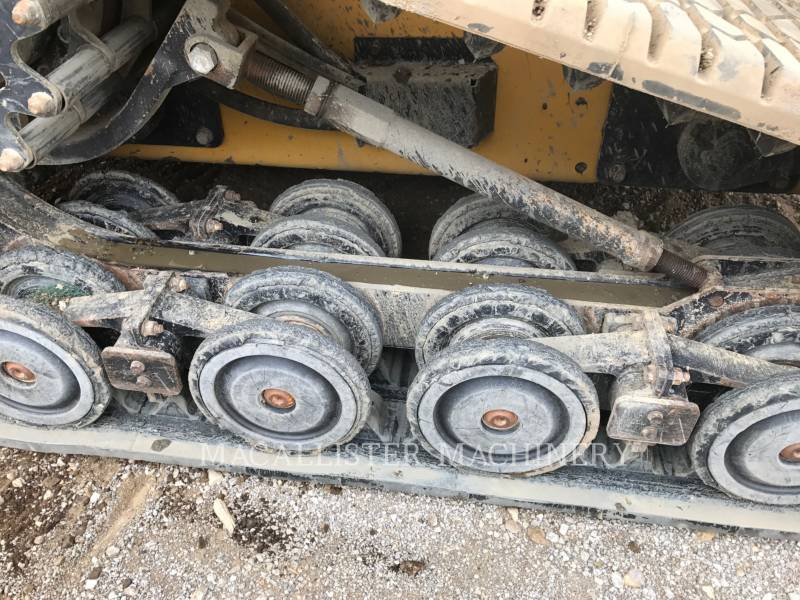 CATERPILLAR CHARGEURS TOUT TERRAIN 297D equipment  photo 7