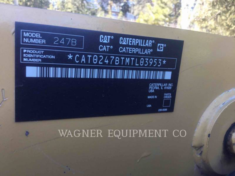 CATERPILLAR KOMPAKTLADER 247B equipment  photo 8