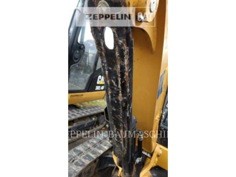 CATERPILLAR トラック油圧ショベル 302.4D equipment  photo 11