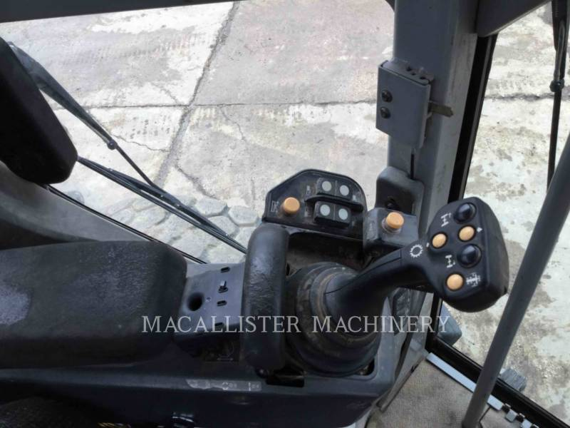 CATERPILLAR NIVELEUSES 140M AWD equipment  photo 13