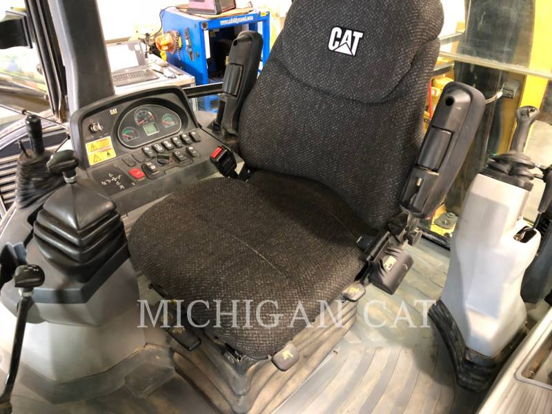 CATERPILLAR BACKHOE LOADERS 420F AR equipment  photo 4