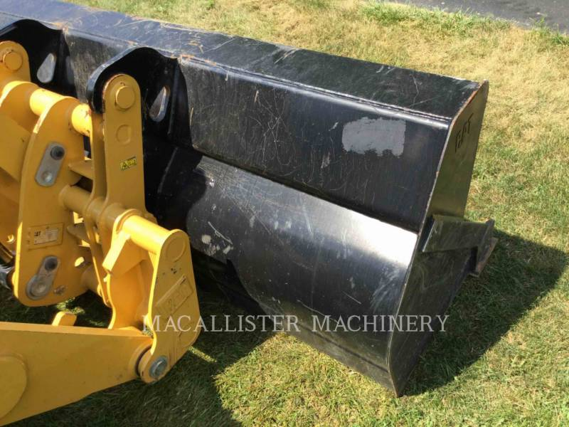CATERPILLAR BAGGERLADER 420F2ST equipment  photo 23