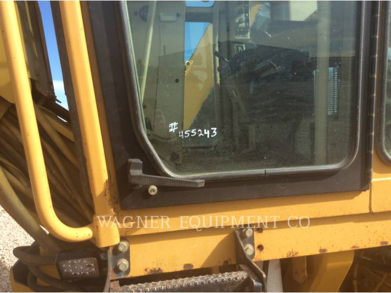 CATERPILLAR NIVELEUSES 143H equipment  photo 13