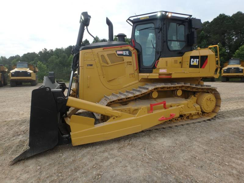 CATERPILLAR TRACTORES DE CADENAS D7E equipment  photo 5