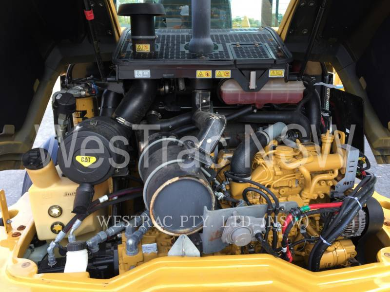 CATERPILLAR PALE GOMMATE/PALE GOMMATE MULTIUSO 906M equipment  photo 9