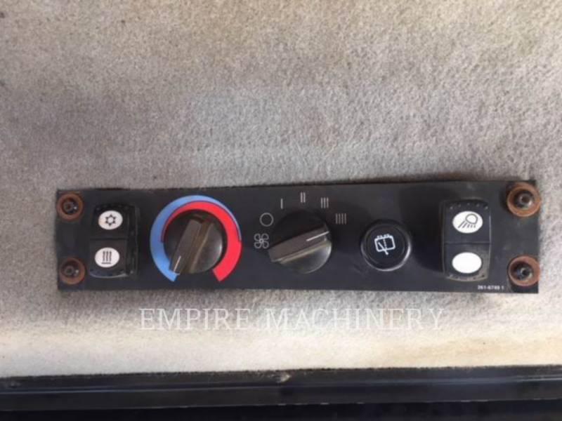 CATERPILLAR SCRAPER PER TRATTORI GOMMATI 631G equipment  photo 2