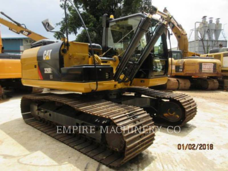CATERPILLAR トラック油圧ショベル 320D2-GC equipment  photo 1